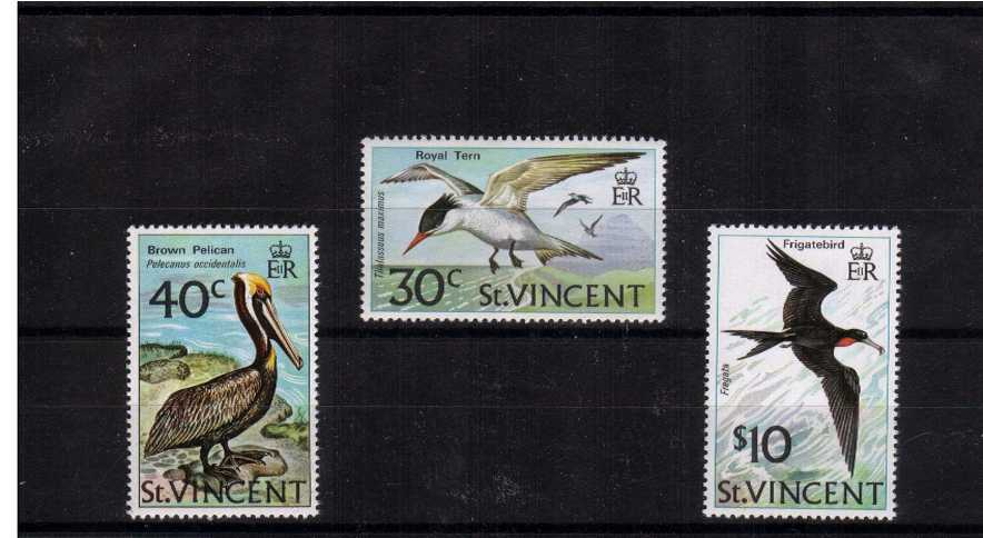 Birds set of three superb unmounted mint<br/><br/>