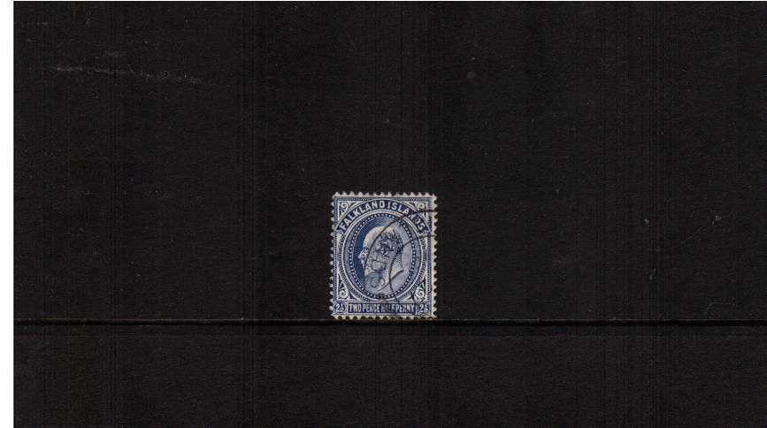 2½d  Deep Blue. A superb fine used stamp cancelled with a crisp double ring CDS.
